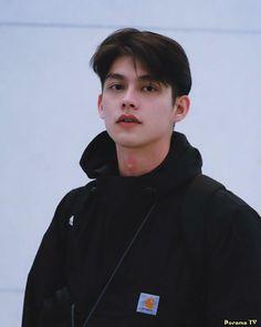 bright vachirawit, the series Beautiful Boys, Pretty Boys, Cute Boys, Beautiful People, Handsome Faces, Handsome Boys, Bright Wallpaper, Bright Pictures, Cute Korean Boys