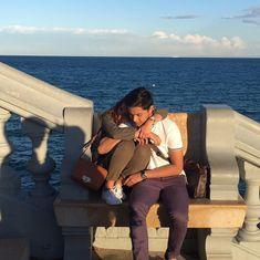 "ROXYLIQUIGAN on Twitter: ""#puwedepaHUG ???… "" Filipino, Kathryn Bernardo Hairstyle, Daniel Johns, Daniel Padilla, Couple Photoshoot Poses, Jadine, Best Couple, Celebrity Couples, Cute Photos"
