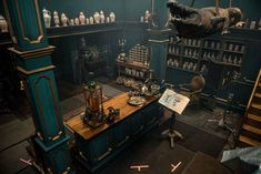 Gary Steele Photo Q&A Master Raymond's - Outlander Behind the Scenes Casa Steampunk, Outlander Season 2, Starz Outlander, Cabana, Dragonfly In Amber, Scenic Design, Environment Concept, Slytherin, New Homes