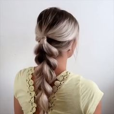 Einfaches und schnelles Haar-Tutorial For more video tutorial about hair styles just visit our cutie pie web site! Fast Hairstyles, Pretty Hairstyles, Braided Ponytail Hairstyles, Evening Hairstyles, Simple Hairstyles, Braided Hairstyles Tutorials, Wedding Hairstyles, Hair Videos, Hair Day