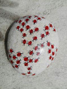 Marienkäfer auf dem Stein