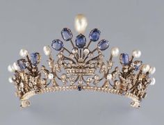British Crown Jewels Tiaras | tiara Vladimir,tiara The Ladies of England Tiara and tiara Papyrus