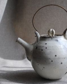 would Love to have a teapot just like this one :)