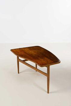 Finn Juhl; Rosewood, Walnut and Beech Coffee Table for Niels Vodder, 1950s.