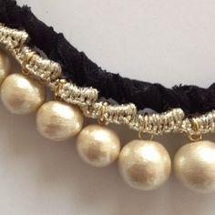 """コットンパールデザインネックレス. Japanese """"cotton"""" pearls. This would look great with beige beads too."""
