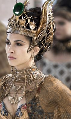 Gods Of Egypt Elodie Yung In Resolution Ancient Egyptian Clothing, Egyptian Fashion, Ancient Egypt Art, Ancient Egypt Fashion, Ancient Aliens, Ancient History, Elodie Yung, Egyptian Goddess, Egyptian Art