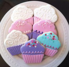 Decorated Cupcake Cookies perfect birthday party by peapodscookies
