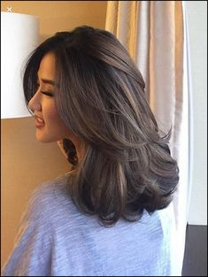Straight Medium Length Hairstyles for Women to Look Attractive; Middle Parted Medium Straight Hair. Straight Medium Length Hairstyles for Women to Look Attractive; Middle Parted Medium Straight Hair. Curly Hair Styles, Brown Blonde Hair, Medium Hair Cuts, Hair Layers Medium, Haircut For Medium Length Hair, Medium Hair Styles For Women, Medium Haircuts For Women, Medium Length Hair With Layers Straight, Medium Curls