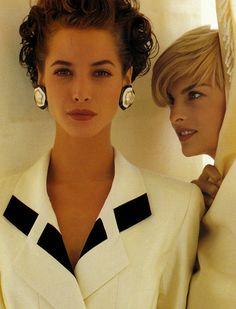 lalinda-evangelista:   Chanel (1991)Christy Turlington & Linda Evangelista by Karl Lagerfeld