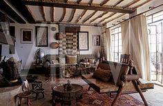Interior_of_Alan_Donovans_house_in_  Kenya