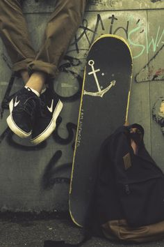 "lakesandoceans: ""corajosocoracao: "" "" Skate to the sea. """