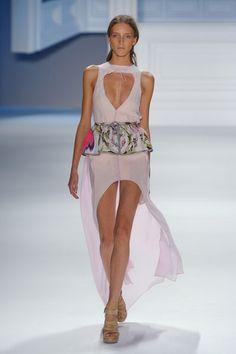 0d55d8638ea Vera Wang at New York Fashion Week Spring 2012