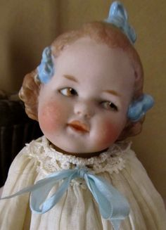 ANTIQUE GEBRUDER HEUBACH GERMAN ALL BISQUE 3 BOW COQUETTE DOLL