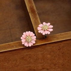 Daisy Stud Earrings