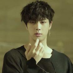 Stream BTS~FAKE LOVE (Original version) by SKTachi from desktop or your mobile device Jhope, Yoongi, Bts Bangtan Boy, Bts Taehyung, Seokjin, Rap Monster, Jung Hoseok, Jimin 95, Jin Gif