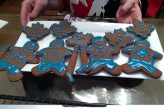 Toronto Maple Leafs inspired gingerbread - Episode 6