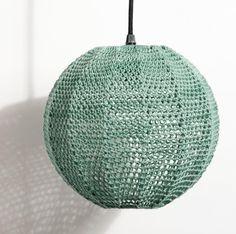 """Suspension """"Ball""""Structure en métal laqué époxy crochetée de coton ou chanvre Disponible en Ø 25 CM et Ø 50 CM"""