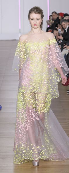 Georges Chakra Spring-summer 2018 - Couture - http://www.orientpalms.com/Georges-Chakra-7027 - ©ImaxTree