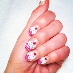 cupcake nails from so hot right nail