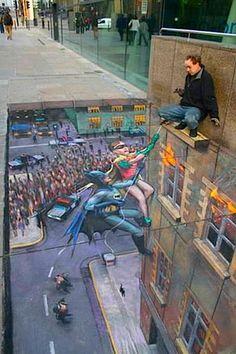 3D chalk art. Incredible.