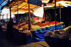 Marokko; 2002, souk in Agadir