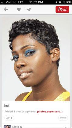 Hot Hair: Sexy Short-to-Medium Styles: Sexy Short-to-Medium Styles: Page Cute Hairstyles For Short Hair, Short Hair Cuts, Curly Hair Styles, Natural Hair Styles, Relaxed Hairstyles, Pixie Hairstyles, Love Hair, Great Hair, Gorgeous Hair