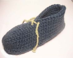 Simple Knitted, Lace-up Slipper