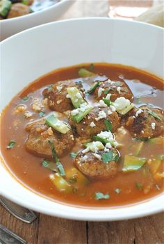 Albondigas - Mexican meatball soup with chipotle peppers, avocado, queso fresco, and cilantro Mexican Meatball Soup, Mexican Meatballs, Turkey Meatballs, Mexican Food Recipes, Soup Recipes, Cooking Recipes, Healthy Recipes, Vietnamese Recipes, Yummy Recipes