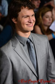Ansel Elgort - Click for more Photos from the #Divergent Premiere #Divergent  http://www.redcarpetreporttv.com/2014/03/19/photos-from-the-divergent-premiere-photos-is-theo-james-the-hook-fans-buying-tickets-to-divergent-for-opening-weekend-for-interesting-reasons-fandango-photos-trailer/