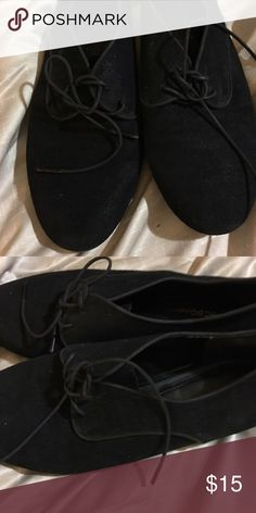 Women's sneakers Black lace up sneakers. In good condition. Size 9 Shoes Sneakers