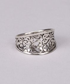 Sterling Silver Filigree Ring (In gold, would be a pretty wedding band)
