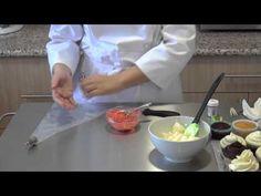 Curso en video #14 decoración de cupcakes con rosas de dos tonos