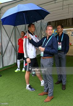 News Photo : Mario Goetze , Manuel Neuer of Germany and team...