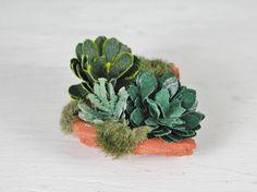Dollhouse Miniatures, Dekorative Hauswurz, Sempervivum Miniatur in 1:12 für den Garten oder Terrasse im Puppenhaus. # 3 von UllisKreativeEcke auf Etsy