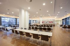 We are happy to share these new photos taken from the staff restaurant of Berlin-Chemie AG that has been beautifully furnished with the upholstered stacking side chairs of series 1100 #Trio, the multifunctional tables 6000 #san_siro and the bar stools 2180 #uni_verso from Kusch+Co.