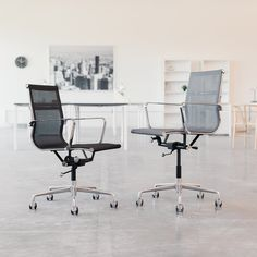 The SOHO Mesh Management Chairs from Laura Davidson Furniture. Side Chairs, Dining Chairs, Minimalist Office, Grey Chair, Chair Design, Soho, Mid-century Modern, Management, Mesh