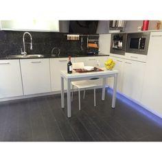 Mesa o barra peque a con pata deslizante encimera cristal for Precio de cocinas pequenas