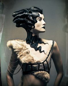 Dusty Simington: gothic /avant guard hair... What intense finger waves!!!