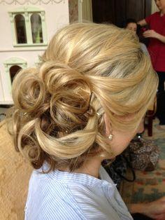 Gorgeous Bridal Upstyle