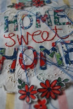 Freehand Machine Embroidery & Appliqué Workshop - product images of Freehand Machine Embroidery, Machine Embroidery Applique, Embroidery Stitches, Sewing Hacks, Sewing Projects, Sewing Tips, Granny Chic, Vintage Sewing Machines, Antique Quilts