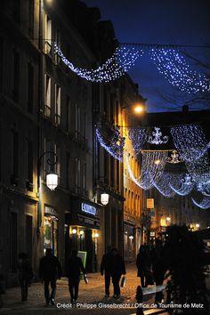 Illumination dans les rues de Metz | Découvrez les en venant nous rendre visite :-) !