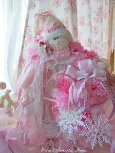 Candy Pink Princess Snowman / Oliviasromantichome