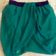 H&M Emerald Green Skirt, size 8 Beautiful skirt and Great for a night out! Excellent condition, re-listing because it didn't fit. H&M Skirts