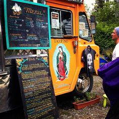 Reminded me of the fish truck outside of Makena Beach. Love these little rolling food shacks Fish Burrito, Fish Tacos, Canada Trip, Canada Travel, May Long Weekend, Taco Restaurant, Tofino Bc, Food Trucks, Vancouver Island