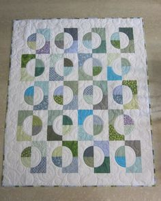 This is Maylin Hu's Both Sides Now as seen on Quiltville's FB page