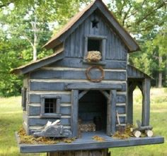 Primitive Saltbox Folk Art Lighted Log Barn Birdhouse (08/09/2008)