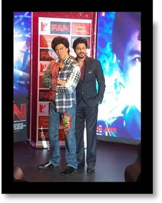 SRK with his statue at Mde Tussauds, dressed as Gaurav, April 2016
