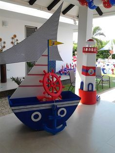: Foami and paper boats Baby Shower Themes, Baby Boy Shower, Sailor Theme Parties, Sailor Baby Showers, Sailor Birthday, Nautical Party, Mickey Party, Festa Party, Baby Party