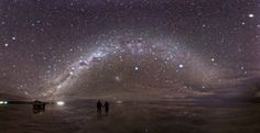 """Salt Flat in Bolivia after rain. Salar de Uyuni, Bolivia by night """"When the night comes, the starry sky reflects on its surface like in a mirror, and you have the feeling of being in space. Combs La Ville, Places To Travel, Places To See, Photo Ciel, Beautiful World, Beautiful Places, Bolivia Salt Flats, Photo Voyage, Affinity Photo"""