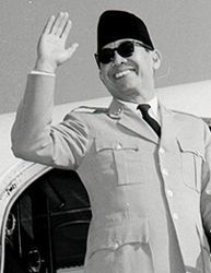 Ir Soekarno known as the first President of the Republic of Indonesia as well as the Hero Proclamation, Sukarno, who used to be called Bung Karno, born in Blitar, East Java, June 6, 1901 and died on June 21, 1970 in Jakarta.